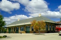 mineola-depot-and-railroad